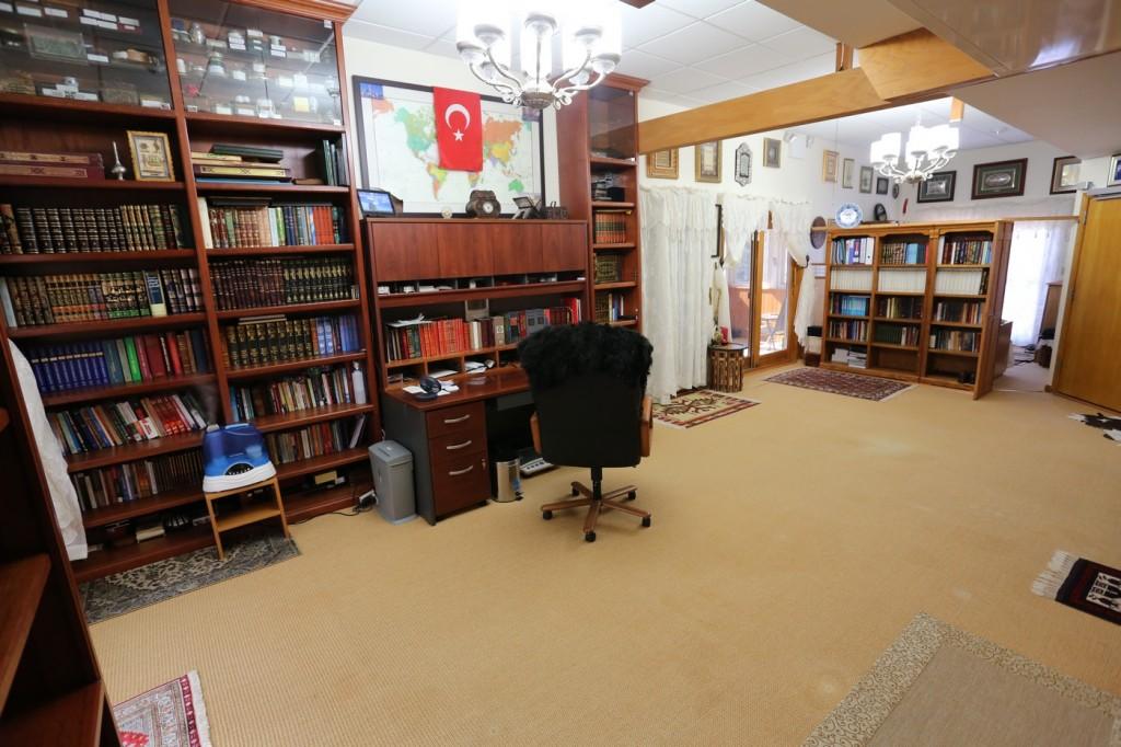 Muhterem Fethullah Gülen Hocaefendi'nin odası